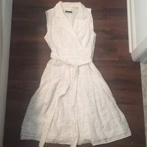 Tommy Hilfiger size 6 white summer dress